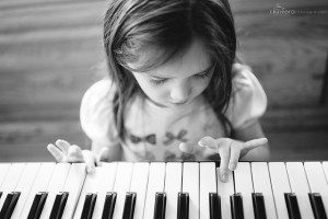 Digital Baby Grand Pianos