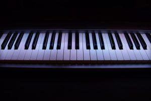 digital piano sizes